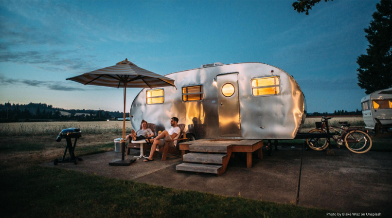 Permanent vacation home: lowcost glamping